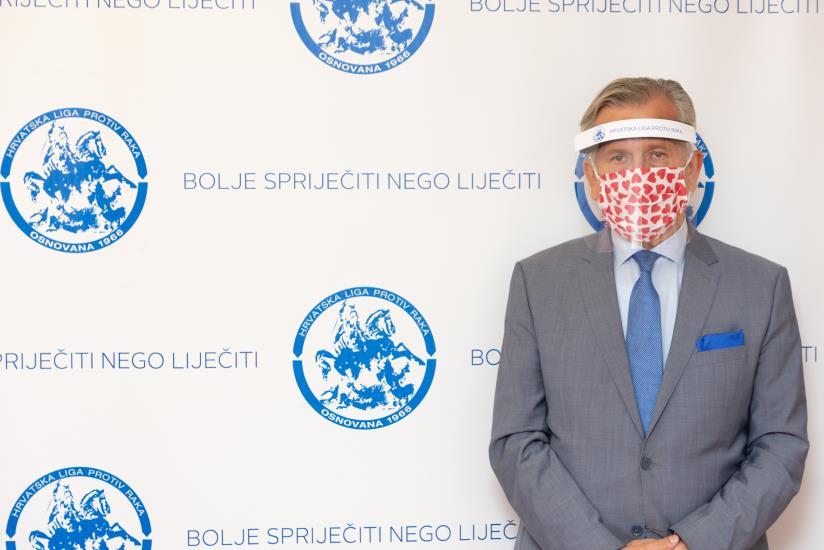 Hrvatska liga protiv raka daruje onkološkim bolesnicima vizire KoronaProtekt